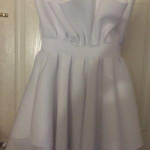 Dresses & Skirts - Beautiful white Dress